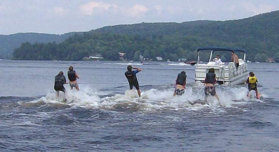 Pontoon boats you can ski behind seadoo